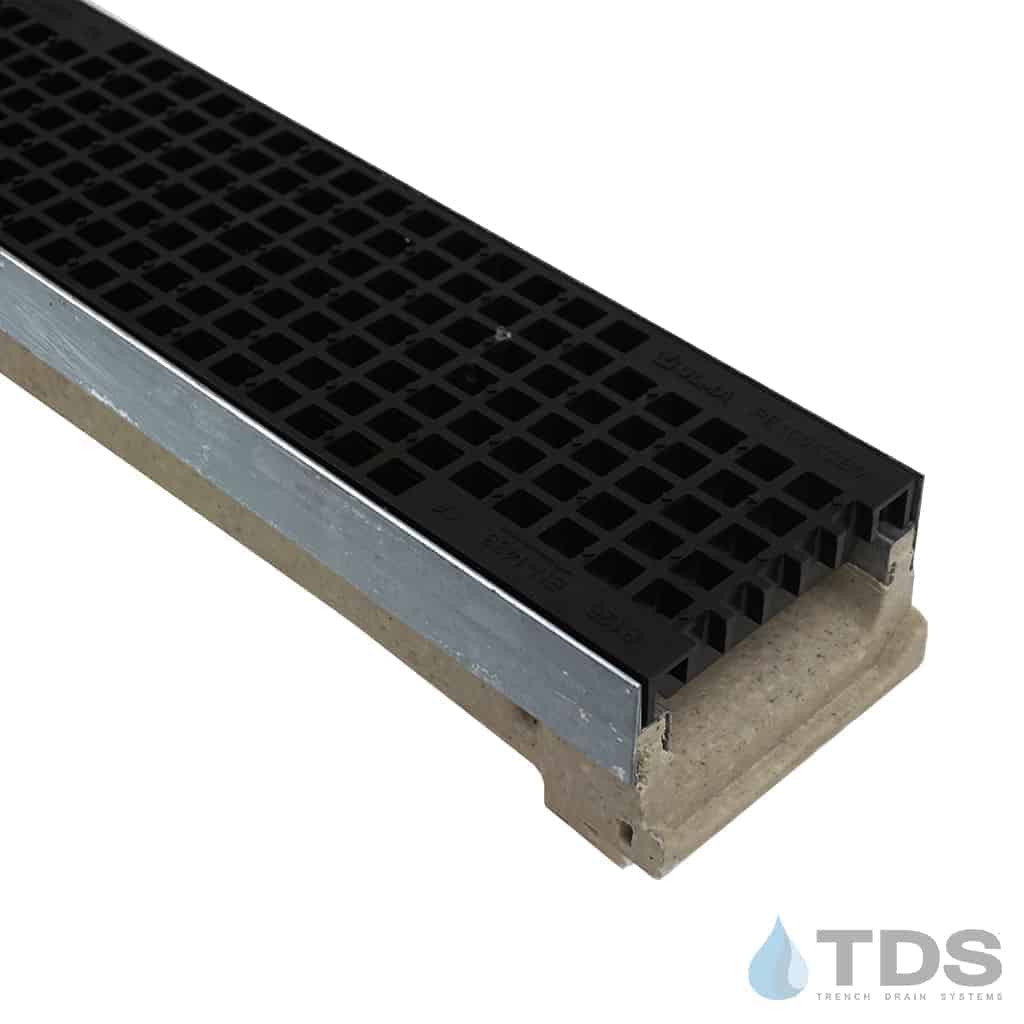ULMA M100K Channel with Galvanized Edging and Polypropylene Mesh Grate - Black