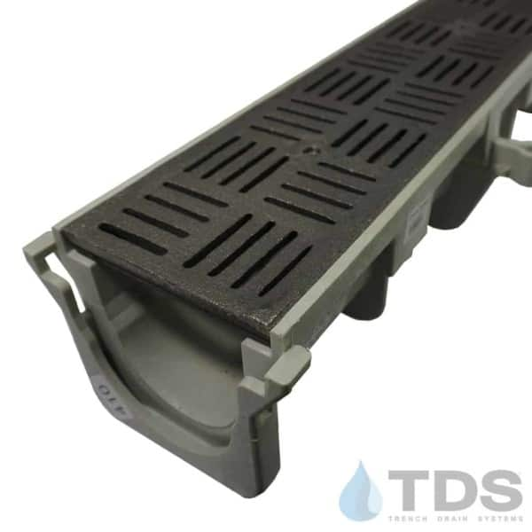 Slotted 609 grates in Dura Slope
