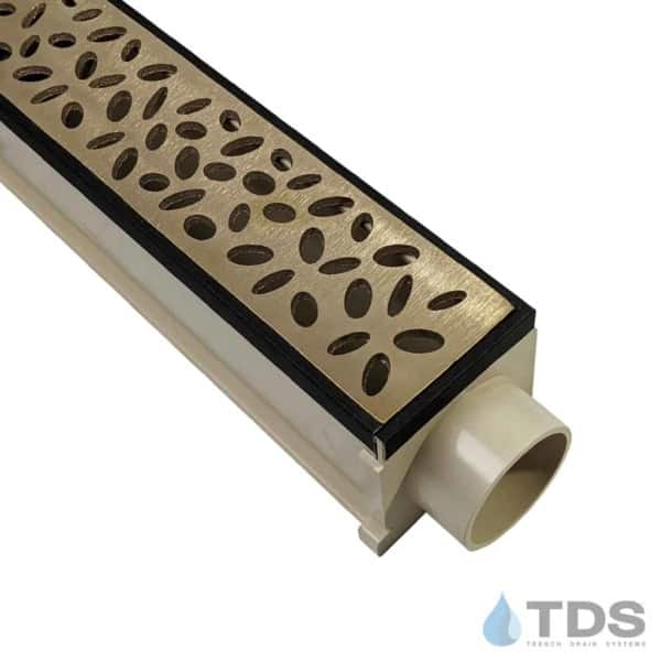 MAX Mini with Oil Rubbed Veneer Edging with Brushed Bronze Rain Drop Grate